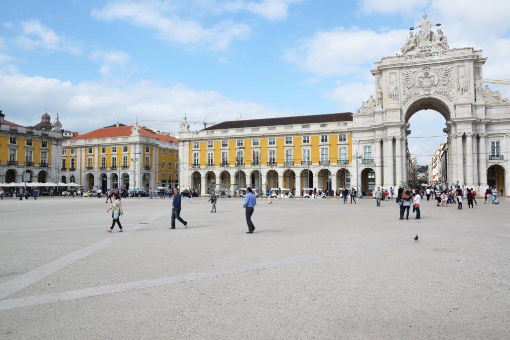 Praça do Comércio and Rua Augusta Arch