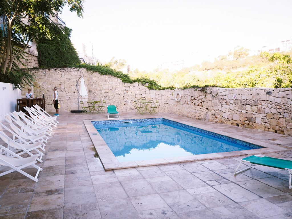Inhawi Boutique Hostel Pool, Malta