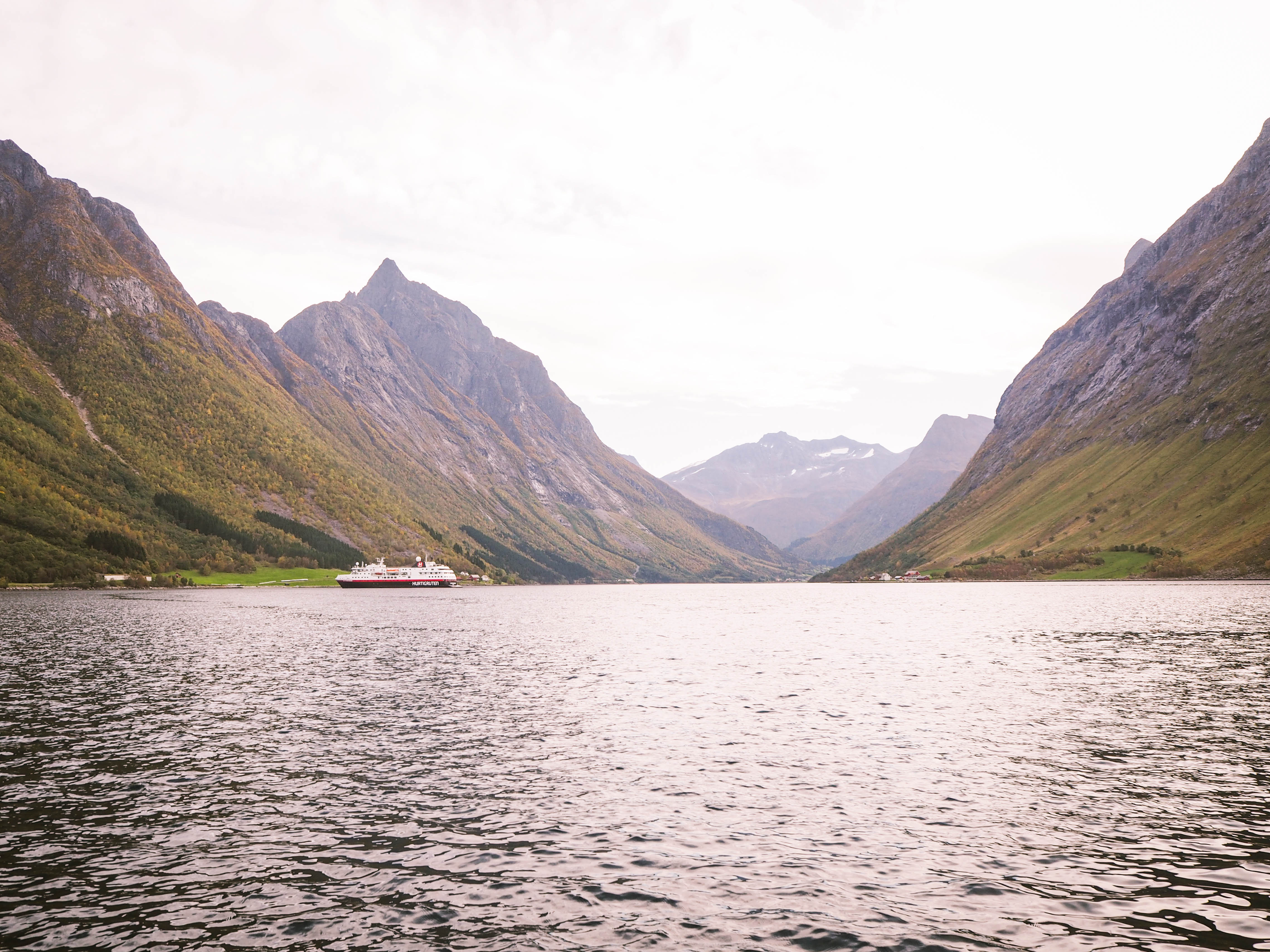 Hurtigruten and the Hjørundfjord