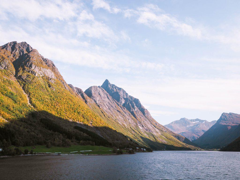 Hutigruten and the Hjørundfjord